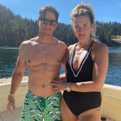 Mark Wahlberg and Wife Photo