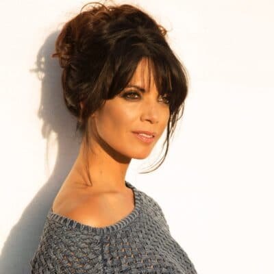 Jenny Powell Photo