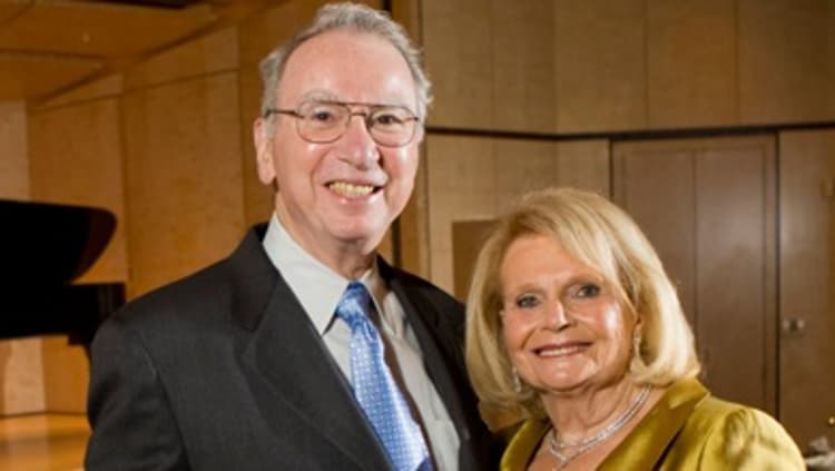 Irwin Jacobs and wife photo