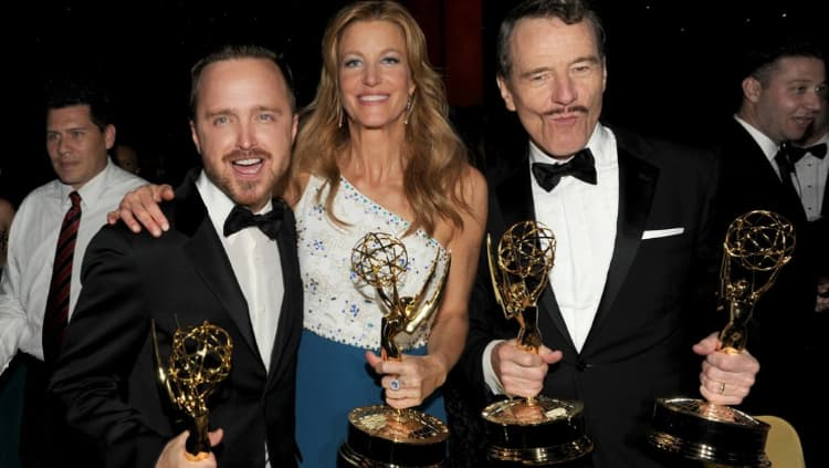 Anna Gunn and her Breaking Bad cast members at the 2014 Primetime Emmy Awards.