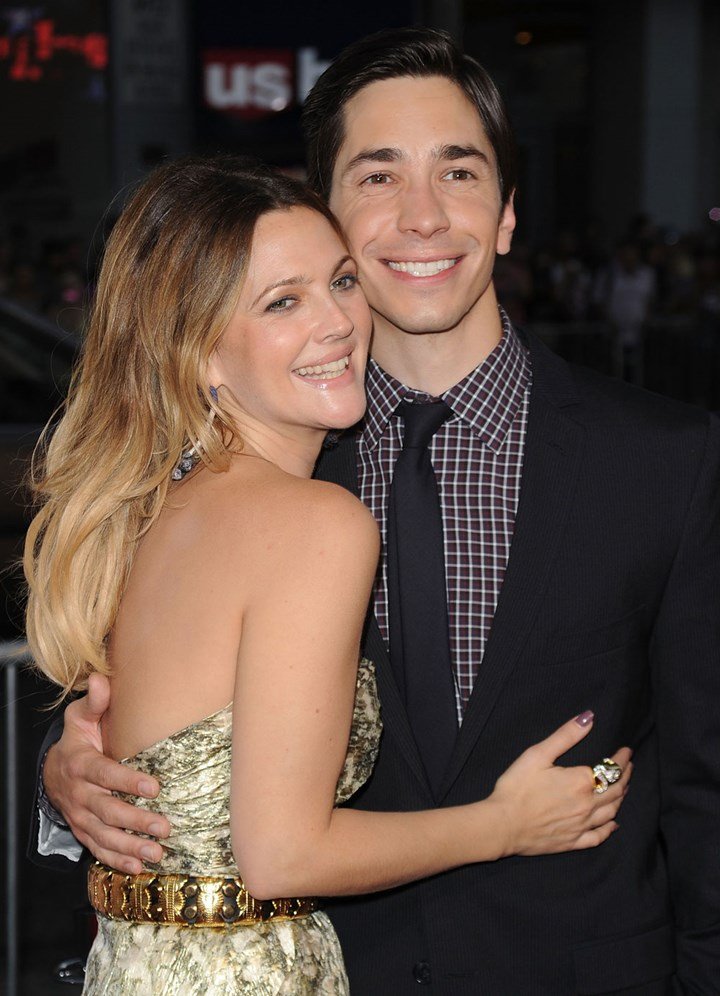 Drew-barrymore with Justin Long.jpg