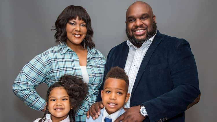 John Gray with his Wife and two Children Photo