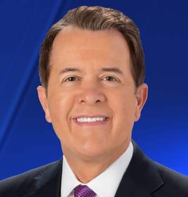 KIRO7 Anchor and Reporter Dave Wagner Photo