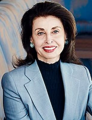 Television Personality Sandy Hill Photo