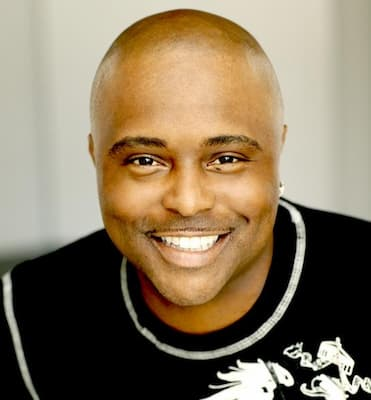 Comedian and Actor Alex Thomas Photo